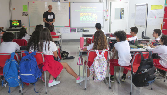 Belo Horizonte Maple Bear canadian school science