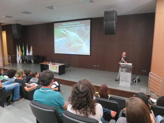 PUC Minas science