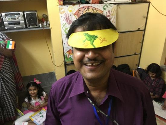 kolkata rahara nibedita 2018 kids painting apurba hat