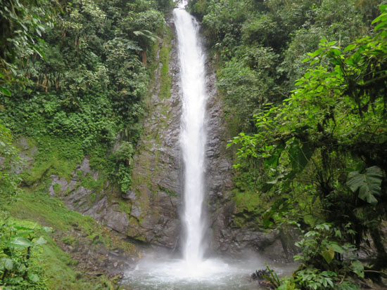 mindo waterfall 2.jpg