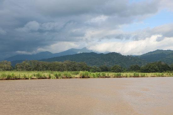 pacific tarcoles river landscape