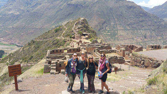 pisac-group-2-tin-bindi