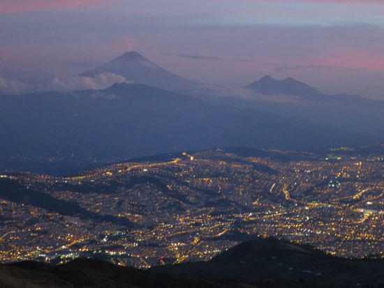 teleferico cotopaxi and quito lights 2